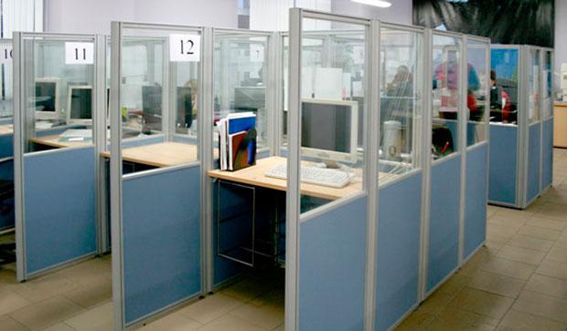 Офисные пластиковые двери, перегородки