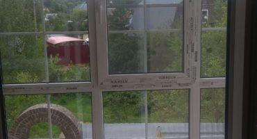 Остекление балкона тёплыми окнами Rehau