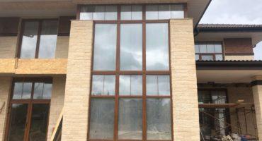 Остекление дома окнами Rehau Intelio 80